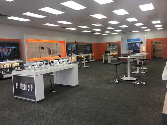 AT&T Store - 06.04.18