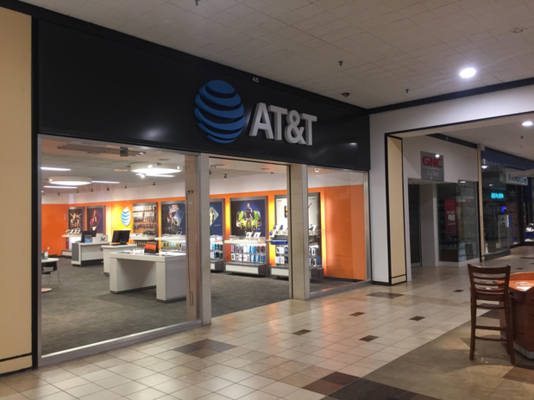 AT&T Store - 05.04.18