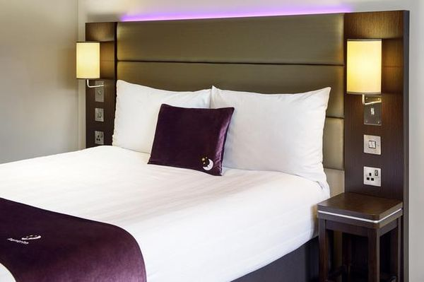 Premier Inn London Wimbledon South hotel - 05.08.19