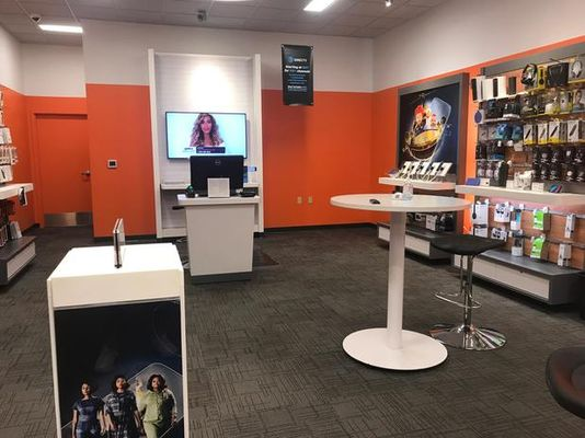 AT&T Store - 24.10.17