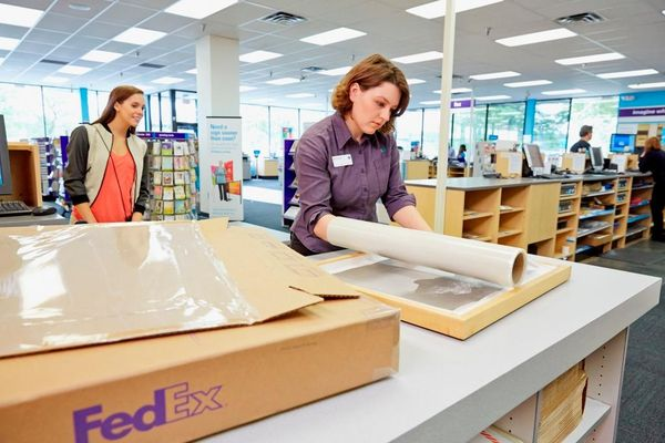 FedEx Office Print & Ship Center - 14.04.19