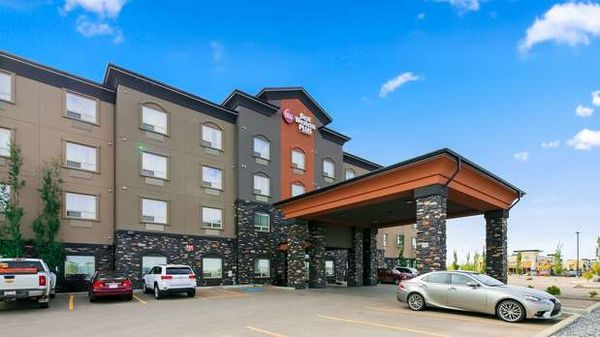 Best Western Plus Sherwood Park Inn & Suites - 21.12.17