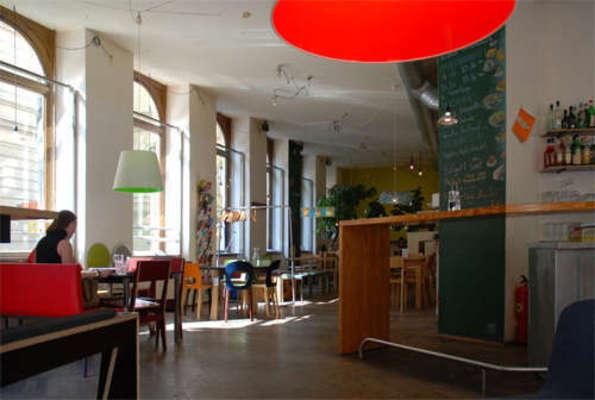 Das Möbel photo das möbel das café hochgeladen tupalo com 2650